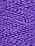 Uldgarn i klar violet farve...